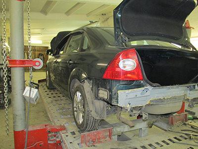 Кузовной ремонт. Вытяжка автомобилей на стапеле